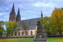 Prague Vysehrad, domkyrka St Peter och Paul - höstbild Royaltyfria Bilder
