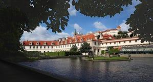 Praha-Valdstejn trädgård 01 Royaltyfri Fotografi