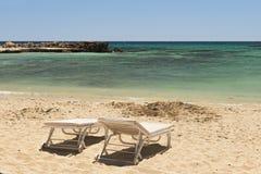 Praia abandonada Fotos de Stock Royalty Free