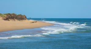 Praia agradável na entrada do lago em Austrália Fotografia de Stock