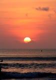 Praia alaranjada brilhante Fotos de Stock