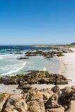 A praia ao longo da costa de Monterey, Califórnia Fotografia de Stock