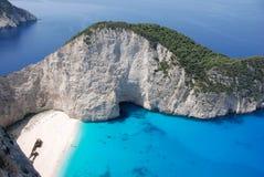 Praia azul do mar do console de Zakynthos Fotografia de Stock