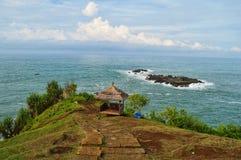 Praia bonita com cabana de madeira Foto de Stock