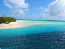 Praia bonita em Mouli, console de Ouvea, Caledo novo imagens de stock royalty free