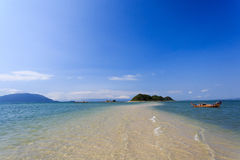A praia bonita em Nha Trang, Vietname Imagem de Stock