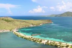 Praia bonita em Saint Kitts fotos de stock