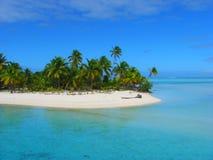 Praia bonita em um console do pé, Aitutaki, consoles de cozinheiro fotos de stock royalty free