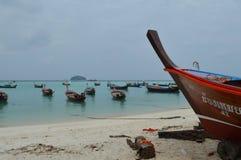 Praia bonita impressionante Koh Lipe Thailand do nascer do sol Imagem de Stock Royalty Free