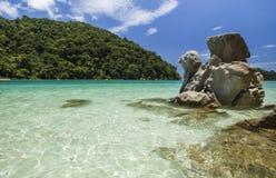 Praia bonita na ilha de Surin, Tailândia Fotos de Stock