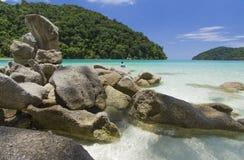 Praia bonita na ilha de Surin, Tailândia Foto de Stock