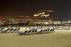 Praia bonita na noite Imagens de Stock