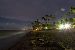 Praia bonita na noite nas Caraíbas fotos de stock royalty free