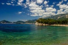Praia bonita no mar de adriático montenegro foto de stock
