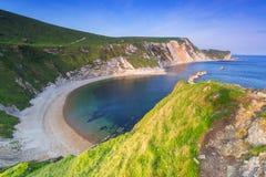 Praia bonita sobre de Dorset, Reino Unido Fotografia de Stock