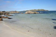 Praia branca da areia, Iona fotos de stock