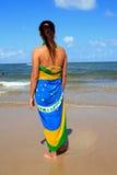 Praia brasileira da mulher Foto de Stock