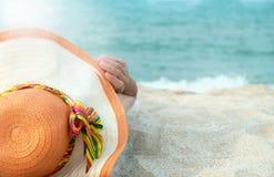 Praia-chapéu Fotos de Stock Royalty Free