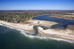 Praia com banco de areia. Fotografia de Stock Royalty Free