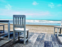 Praia com céu azul Foto de Stock