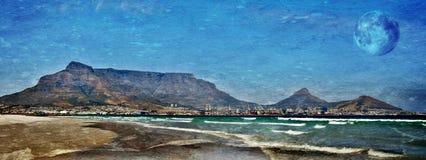 Praia com montanha da tabela Fotos de Stock