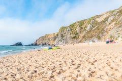 Praia DA Adraga en el parque natural de Sintra-Cascais en Portugal Fotos de archivo