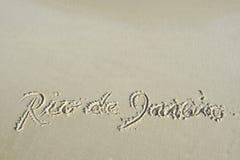 Praia da areia de Rio de janeiro Brazil Handwritten Message imagem de stock royalty free