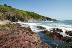Praia da baía de Talland em Cornualha Reino Unido Inglaterra imagem de stock