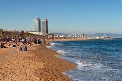 Praia da cidade de Barcelona, área de Barceloneta foto de stock