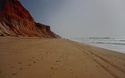 Praia da Falesia, nel Portogallo immagine stock libera da diritti
