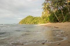 Praia da ilha de deserto Imagens de Stock Royalty Free