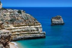 Praia DA Marinha - Algarve, Portugal Images stock