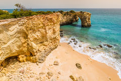 Praia da Marinha - härlig strand Marinha i Algarve, Portugal Arkivfoton