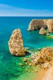 Praia da Marinha - Piękny Plażowy Marinha w Algarve, Portugalia Zdjęcia Royalty Free
