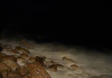 Praia da noite Fotos de Stock Royalty Free