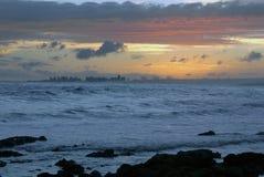 Praia da paisagem do crepúsculo fotografia de stock royalty free