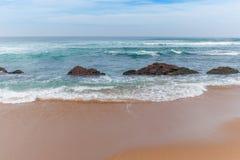 Praia da rocha de sal Fotografia de Stock