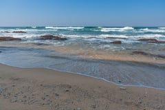 Praia da rocha de Shakas Fotos de Stock Royalty Free