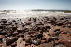 Praia da rocha e da areia Foto de Stock