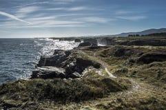 Praia das catedrais na maré alta Foto de Stock