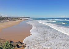 Praia das cavernas - Austrália Imagens de Stock Royalty Free
