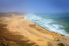 Praia de Al Mughsayl Fotografia de Stock Royalty Free