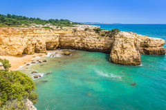 Praia de Albandeira - beautiful coast and beach of Algarve, Port Royalty Free Stock Photos