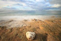 Praia de Balekambang, Indonésia Fotografia de Stock Royalty Free