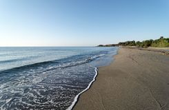 Praia de Bravone na costa de Córsega imagens de stock royalty free