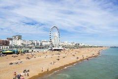 Praia de Brigghton no verão Fotos de Stock Royalty Free