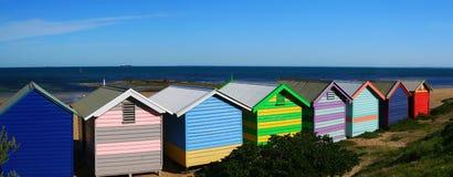 Praia de Brigghton que banha caixas Fotos de Stock Royalty Free