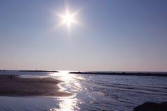 Praia de brilho fotografia de stock royalty free