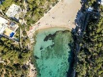 Praia de Cala Gracio, ao leste de Ibiza, Espanha fotografia de stock royalty free