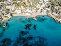 Praia de Cala Tarida, Ibiza, Espanha imagens de stock royalty free
